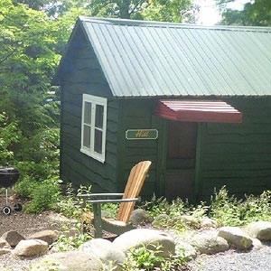 Waterfront Cottages and Cabins Near Lake George NY